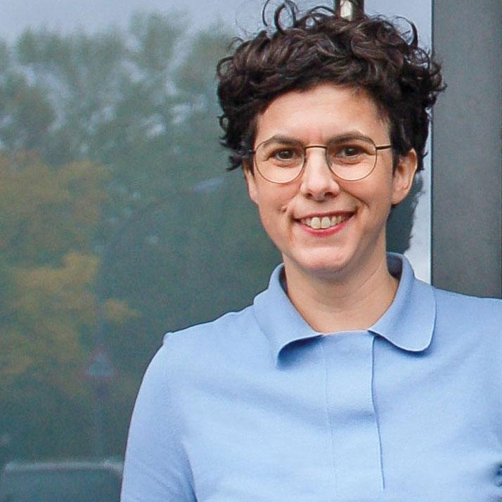Pia Hentges - Praxis für Osteopathie - Portrait 1