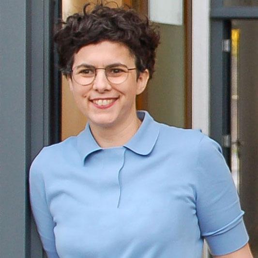 Pia Hentges - Praxis für Osteopathie - Portrait 2